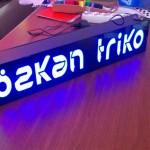 ozkan-triko-pleksi-oyma-tabela7